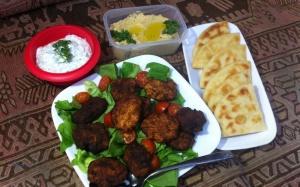 Falafel-Tzatziki-Hummus